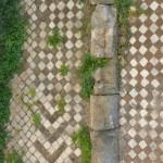 Mosaik einer Mauer in Terracina